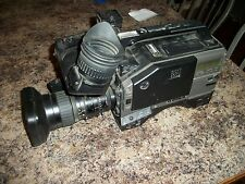 JVC 3-CCD Camera Model GY-X1TC CAMCORDER PRO S-VHSC Lens VF-P115U Zoom HZ-714