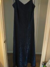 BEAUTIFUL FULL LENGTH ROYAL BLUE GOWN & PACHMINA, BY DEBUT, SIZE 14 WORN ONCE E