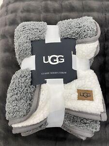 "UGG Classic Sherpa Throw Blanket in Metal Gray 50""x70"""