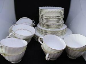 x42 PIECE ROYAL DOULTON 'ADRIAN' H.4816 PATTERN DINNER SET PLATES, BOWLS, CUPS