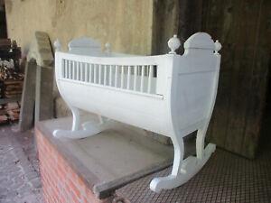Antik Kinderwiege Babywiege Schaukelwiege Babybett Echtholz Weiss Handarbeit