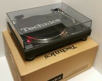 Technics 1210 mk2 Turntable mint condition Brand New Technics dust cover