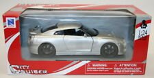 NewRay 1/24 Scale Metal Model Car 71933 - Nissan GT-R - Metallic Silver