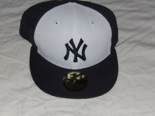 MLB NY New York Yankees 59 Fifty Fitted Size 7 5/8 Hat Baseball Cap New Era NEW