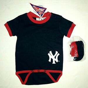 NY Yankees baby bodysuit & booties 12M navy blue & red baseball Genuine MLB NWT