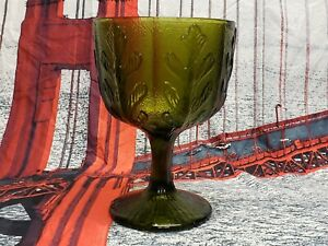 UNHOLY GLASS GRAIL UNNATURALLY GREEN WITH SACRED OAK LEAVESVINTAGE MUST HAVE