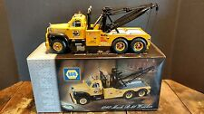 First Gear 1960 Mack Napa Towing Wrecker Model B61 1:25 Scale Diecast Tow Truck