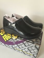 SFC Shoes for Crews Black Patent Leather 9074 Slip-Resistant Clogs Size 9.5 NEW