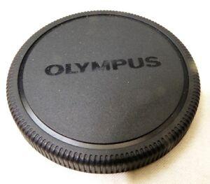 Olympus 62mm Screw in female threads Front Lens Cap Genuine