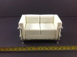 Dollhouse Miniature Living Room Modern Furniture Vinyl White 2 Seat Sofa 1:12