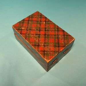 TARTAN WARE FOLDING CRIBBAGE BOARD / BOX  ( CRIB MAUCHLINE TARTANWARE