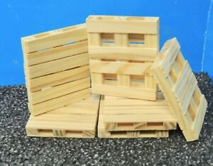 WOODEN PALLETS ( SIX ) 1:24 (G) SCALE  READY FOR DISPLAY!