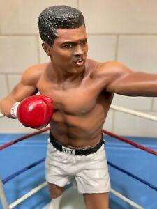 "Danbury Mint  -  Muhammad Ali ...... ""The Ring"""