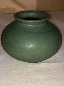 Early Date Van Briggle Pot-Vase-1905-Green Matte-Arts & Crafts-Mission-Colo Spgs