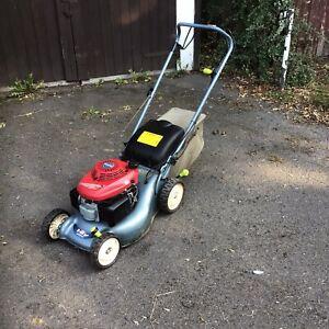 Honda izy Petrol lawnmower Spares Or Repairs Solid *3