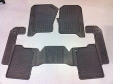 Land Rover Discovery 4 VPLAS0252 MY13 on genuine factory rubber mats