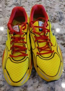 Newton Gravity 3 III  Running Shoes Men 11.5 Yellow Red