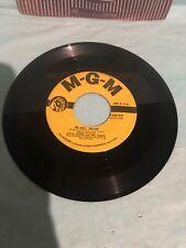 "LESLIE CARON - HI-LILI, HI-LO / LILI and the PUPPETS -  7"" VINYL 45 RPM"