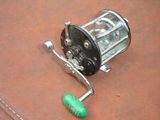 Vintage Penn No. 350 Leveline Conventional Saltwater Fishing Reel #2
