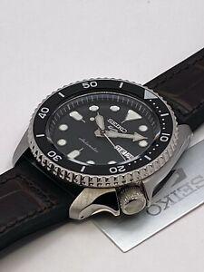 Seiko 5 Sports Men's Auto Stainless steel Black Dial Strap Watch SRPD55K2