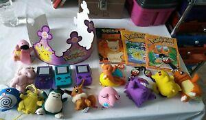 Vintage Lot 18pcs Pokemon Nintendo Key Chains Toys Books BK Crown plush