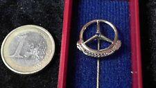Mercedes Benz Antecknadel kein Pin 2.000.000 km gold Stein 333er Saphir 2 Mio