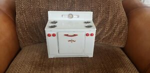 Vintage Little Chef Toy Stove Oven Metal Tin Toy Excellent Condition