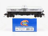 HO Scale Athearn 76665 SCMX Shell Chemical Company Single Dome Tank Car #895