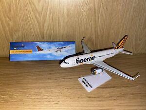Airbus A320 TIGERAIR PLASTIC SNAP-FIT
