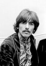 GEORGE HARRISON UNSIGNED PHOTO - 5553 - THE BEATLES