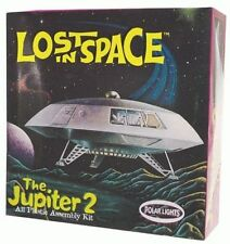 Modelo para montar Lost in Space Jupiter 2