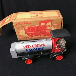 Amoco Red Crown Gasoline ERTL Collectibles 1910 Mack Tanker bank 1996 collection