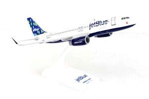 Daron Skymarks Jetblue A320 1/150 High Rise Model Aircraft