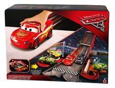 Mattel Disney Cars FCW04 Disney Cars 3 Verwandlungsspaß Lightning McQueen