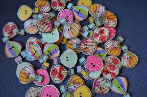20 x Bunte Holz Knöpfe Bastelknöpfe Heißluft Ballons 30mm Modeknöpfe Vintage 71