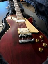 Gibson Les Paul Deluxe, 1975, Red wine color.