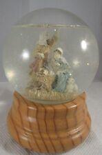 Nativity With Wood Base Snow Globe Tune: Silent Night