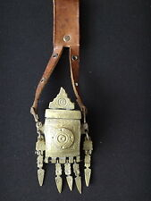 Ancienne boite en bronze berbere nomade orientaliste Old box ethnic leather