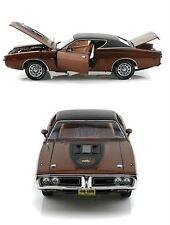 1:18 Autoworld/ertl Authentics 1971 Dodge Charger Super Bee bronce