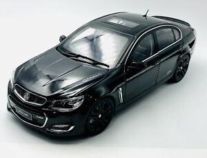 1:18 Holden VF Commodore SSV Redline II -- Phantom Black -- Biante