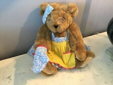 Authentic Signed Vermont Teddy Bear Co. Lady Bear Dressed Glasses Kitchen Nr