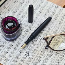 Luoshi Matte Black Cigar Shaped Fountain Pen Two Tone Gold Plated Steel Nib