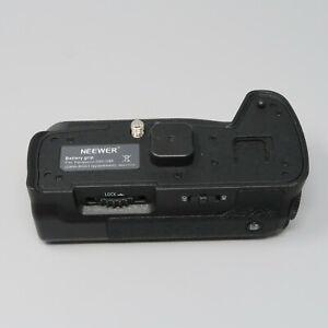 Neewer Battery Grip for Panasonic G80 and G85 DMW-BGG1