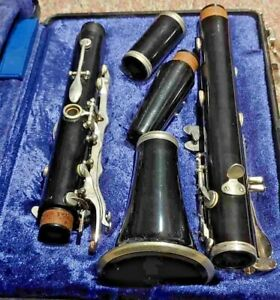vintage Bundy Clarinet