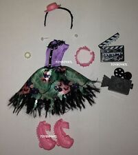 Monster High Frights Camera Action Hauntlywood Honey Swamp Doll Outfit Shoes NEW