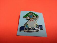 New listing Official 2005 Disney Hat or Lapel Pin Goofy Hang Gliding Glider