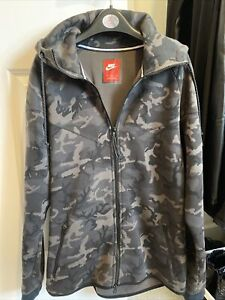 Nike Camo Hoodie Good Condition Size M