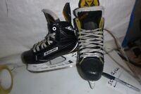 Boys Bauer Supreme  160  sz  2  Hockey  ice skates   REAL NICE
