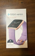Fitbit Versa Rose Gold Aluminium Case Peach Classic Buckle Smartwatch 'Read'