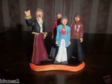 """THE BEATLES """"LEAD"""" HAND PAINTED FIGURES """" PEPPERLAND """" FAB FOUR + DISPLAY STAND"""